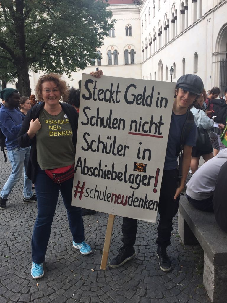 Bildungsstreik 2018 - Christine Lindner (links)